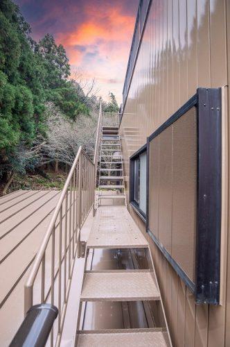 屋上 外階段